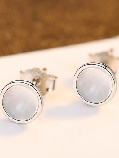 Platinum 24G02 925 Sterling Silver Shell White Round Minimalist Stud Earring