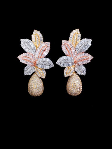 gold white Copper With Gold Plated Luxury Flower Cluster Earrings
