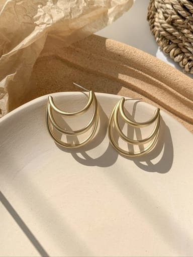 A multi-layer half round Alloy With Imitation Gold Plated Simplistic Geometric Drop Earrings