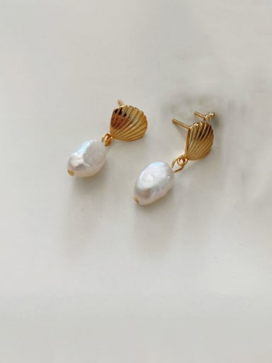 925 Sterling SilverVintage Shell   Freshwater Pearl  Drop Earring