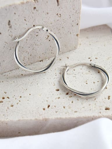 925 Sterling Silver Hollow Round Minimalist Huggie Earring
