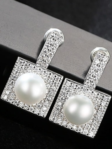 White 1F15 925 Sterling Silver Cubic Zirconia Square Trend Stud Earring