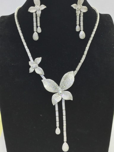Artisan Flower Copper Cubic Zirconia White Earring And Necklace Set