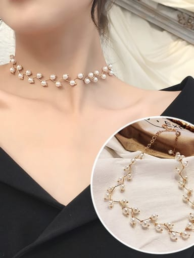 1 golden+White Zinc Alloy Imitation Pearl White Locket Trend Choker Necklace