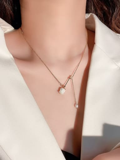 Zinc Alloy Shell White Heart Trend Lariat Necklace
