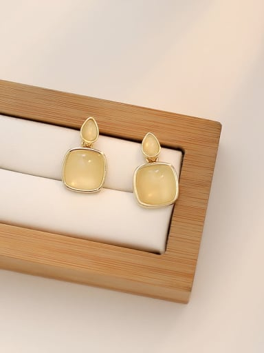cream-colored Copper Water Drop Minimalist Drop Earring