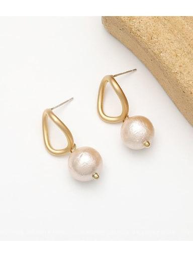 Dumb gold Copper Freshwater Pearl Geometric Minimalist Huggie Earring
