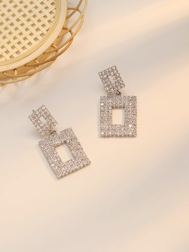 White K Copper Rhinestone Hollow Geometric Dainty Cluster Earring