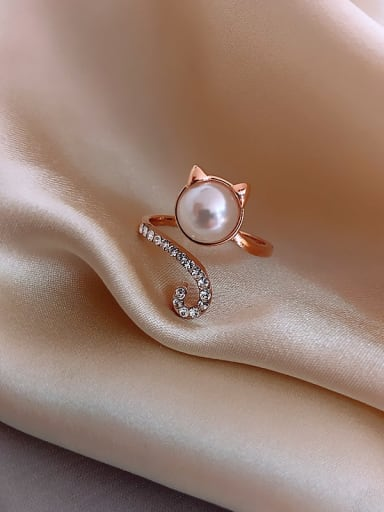 Alloy +Imitation Pearl White Cat Trend Spoon Ring/Free Size Ring