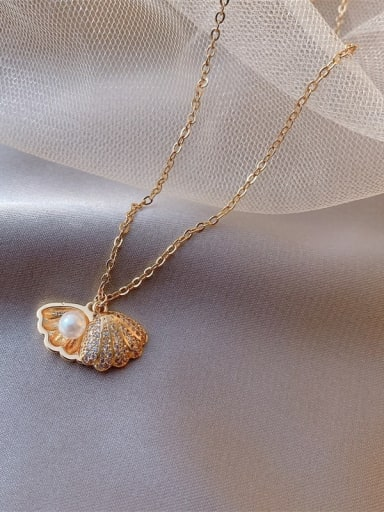 Zinc Alloy + Imitation Pearl Shell shape Trend Necklace