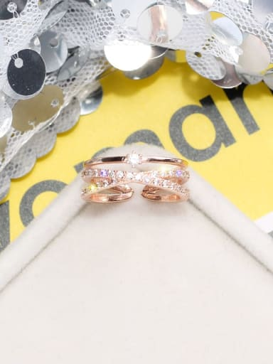 rose gold Alloy +Rhinestone White Geometric Trend Stackable Ring/Free Size Ring