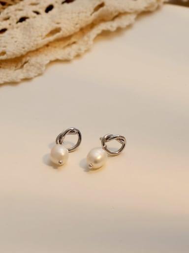 White K Copper Imitation Pearl Geometric Ethnic Huggie Earring