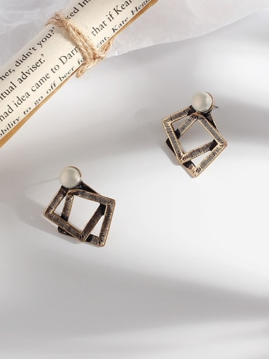 Ancient gold Copper Hollow Geometric Vintage Stud Earring