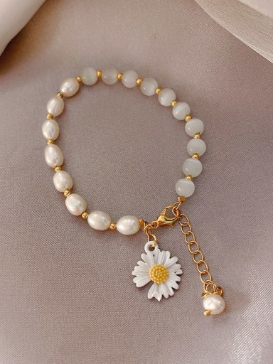 white Alloy Imitation Pearl Flower Ethnic Adjustable Bracelet
