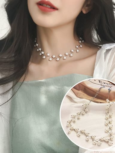 2 silvery+White Zinc Alloy Imitation Pearl White Locket Trend Choker Necklace