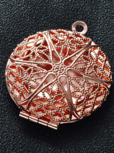 4 Copper Round Charm Height : 28mm , Width: 32 mm