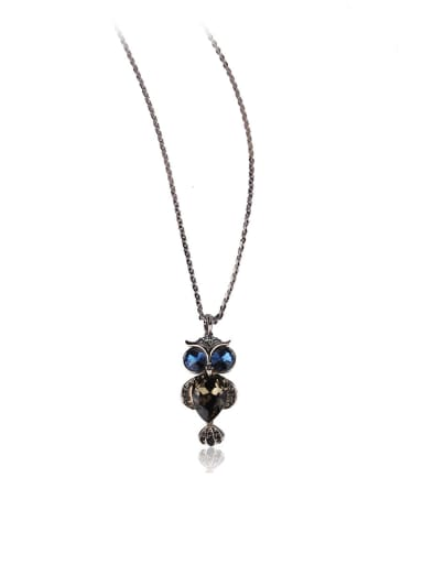 Mysterious owl long necklace