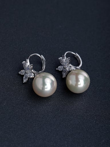 Bling bling Micro inlay Zircon flower  925 silver Imitation pearls Stud earrings