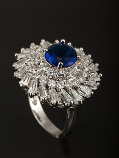 A Platinum Plated Copper Stylish Zircon Ring Of Round