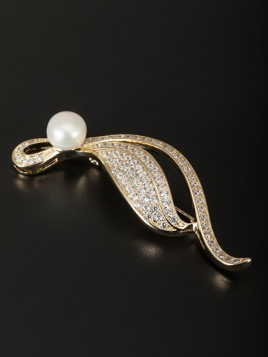 Gold Plated Copper White Pearl Beautiful Lapel Pins & Brooche