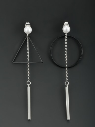 Blacksmith Made Platinum Plated Pearl Round Drop drop Earring