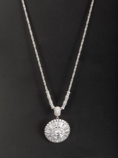 A Platinum Plated Copper Stylish Zircon Necklace Of Round