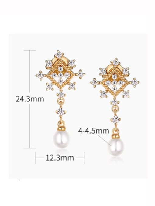 One Next 925 Sterling Silver With Freshwater Pearl Delicate snowflake Stud Earring
