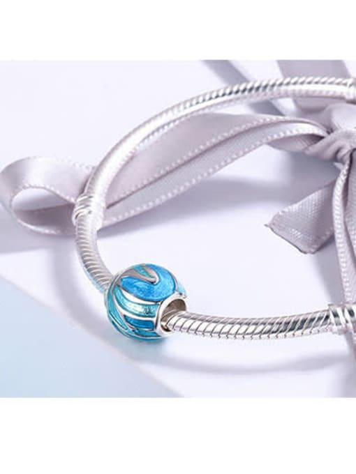 Maja 925 silver  drip process charm