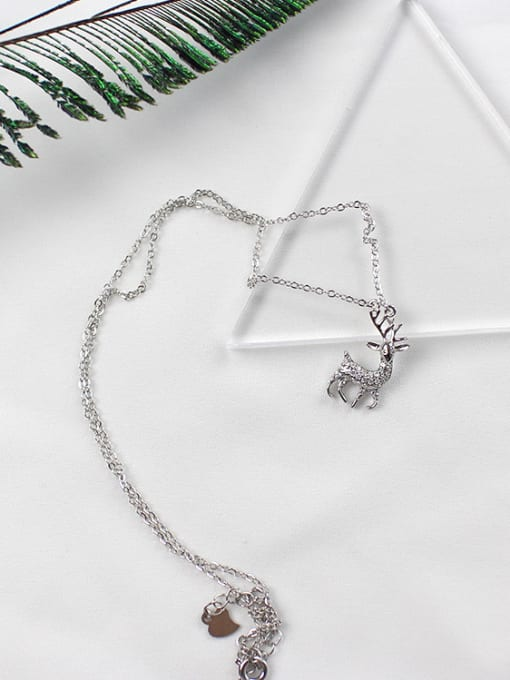 Arya Fashion Little Deer Tiny Zirconias Silver Necklace