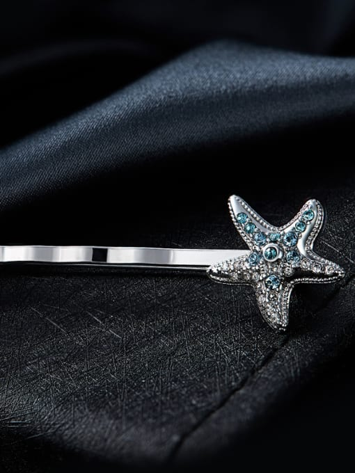 Maja Star-shaped Swarovski Crystal Brooch