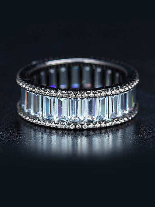 Armadani Round shaped Zircon band ring