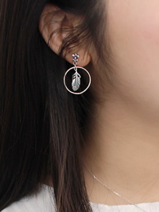 Arya Retro style Little Feather Hollow Round Silver Stud Earrings