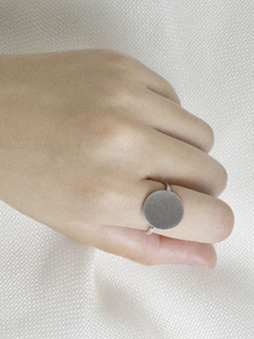 Arya Simple Round Silver Smooth Ring