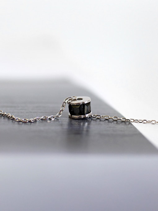 Arya Simple Black Zircon-studded Bead Pendant Silver Necklace