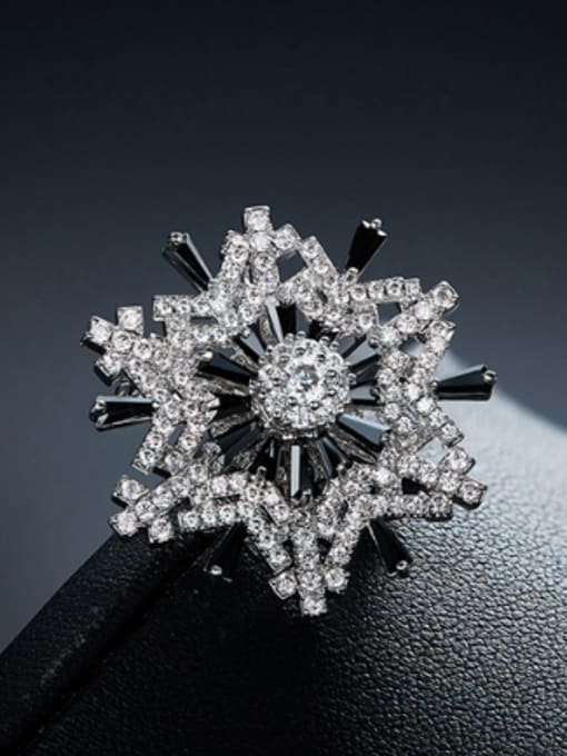 Maja Fashion Snowflake Cubic Zircon Copper Brooch