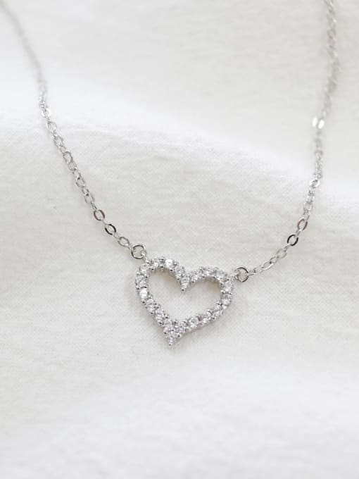 Arya Simple Tiny Zircon-studded Heart Silver Necklace