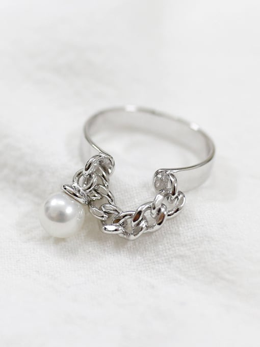Arya Personalized Artificial Pearl Short Chain Smooth Silver Opening Ring