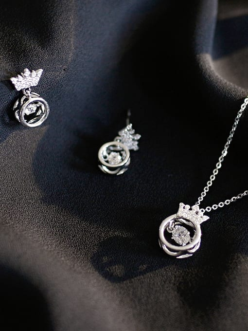 Arya 925 Sterling Silver With Platinum Plated Delicate Crown 2 Piece Jewelry Set