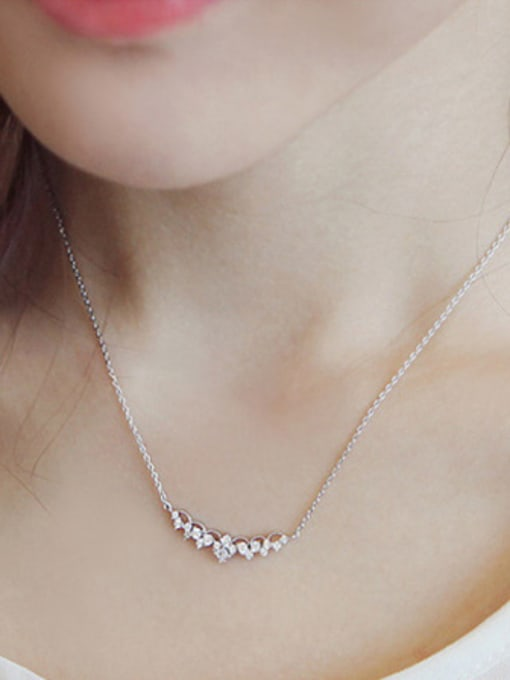 Arya Fashion Little Four-leaf Clovers Cubic Zirconias Silver Necklace