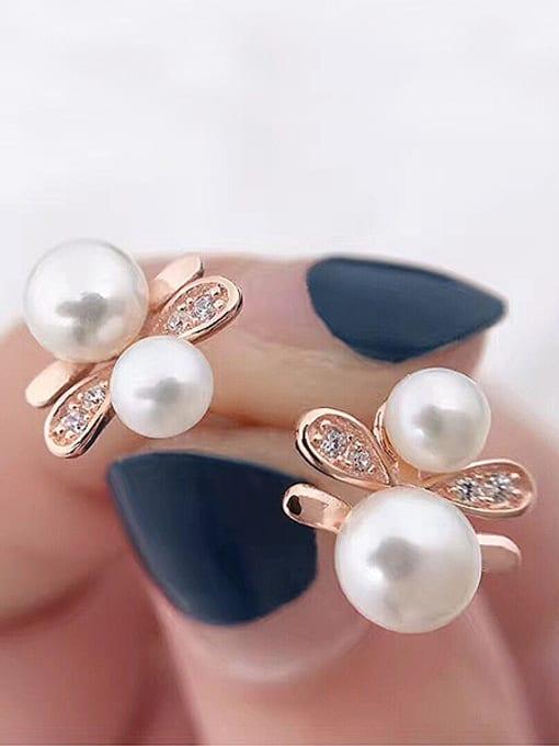 Evita Peroni Freshwater Pearls Honeybee stud Earring