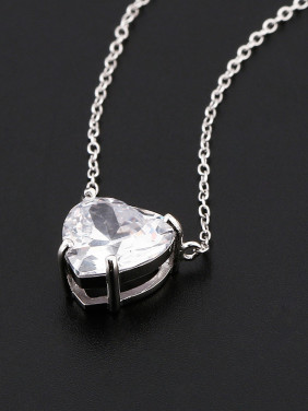 Simple Heart-shaped Zircon Necklace