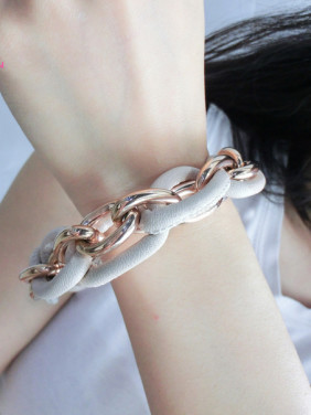 Individual Stainless Steel The Big Ring Shaped Titanium Bracelet