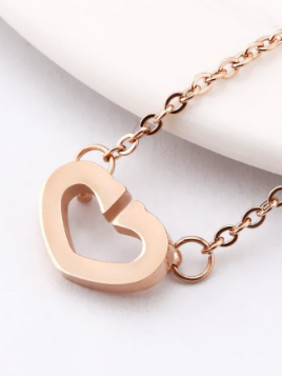 Simple Opening Hollow Heart shaped Necklace