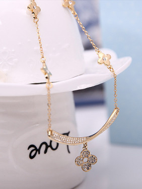 Alloy Imitation-gold Plated Fashion Rhinestones Flower Two Pieces Jewelry Set