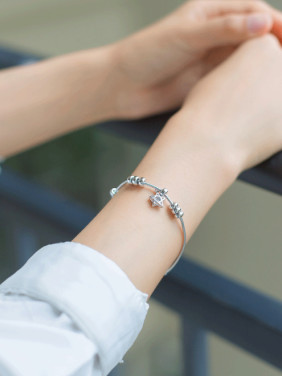 S925 Silver Simple Sweet Star and Beads Fashion Bracelet