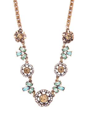 Retro Gold Plated Flower Women Necklace