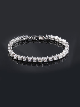 Europe And The United States The Original Single Womens AAA Zircon Bracelet