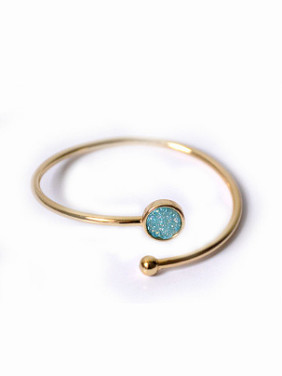 Simple Round Natural Crystal Opening Bangle