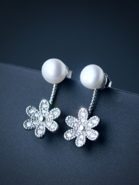 S925 Silver Freshwater Pearls Sweet Flowers Earrings