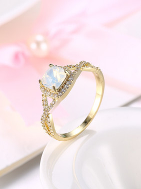 Temperament Women Opal 18K Gold Engagement Ring